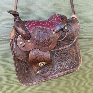 |VINTAGE| Tooled Leather Saddle Bag